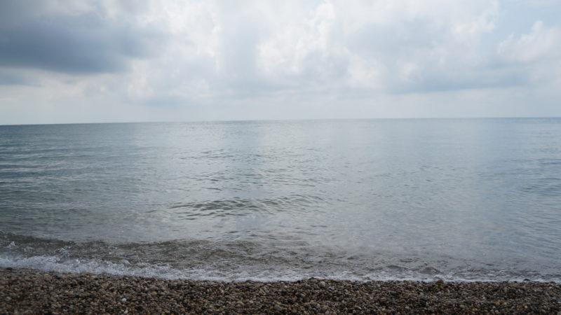 Море в Гудауте