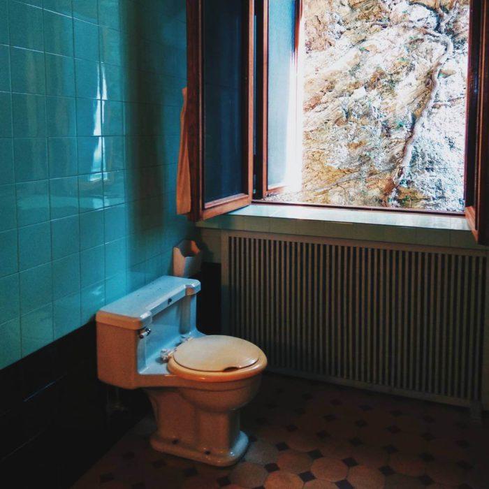 Дача Сталина Абхазия - ванная комната