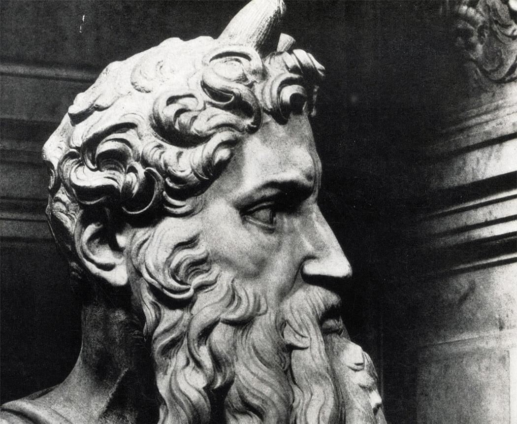 Почему у пророка Моисея рога?
