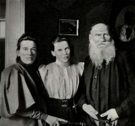 Интересные факты из биографии Толстого