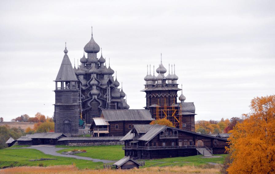куда поехать осенью в России - Карелия