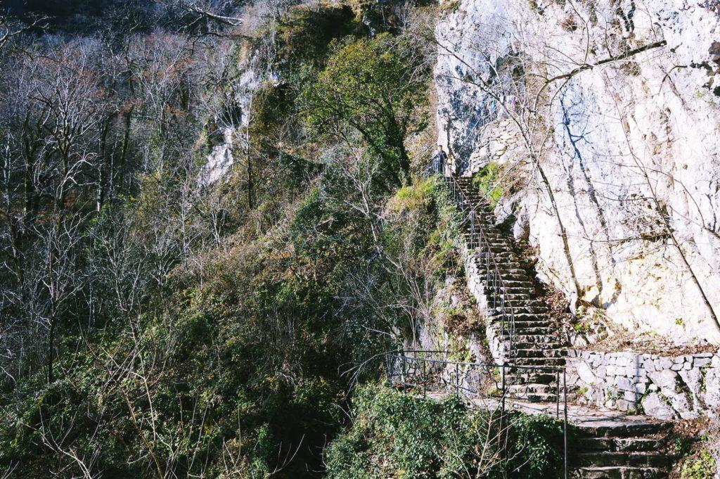 Дорога до пещеры Симона Кананита