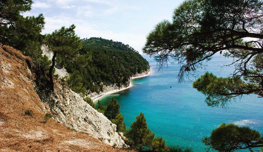 Дикий отдых на Черном море - Голубая бездна